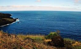 Flusssteine und Küstenlinie Lizenzfreies Stockfoto