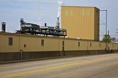 Flussufer-Fabrik Lizenzfreies Stockbild