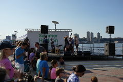 Flussufer-Park-Pier 1 98 Lizenzfreie Stockfotos