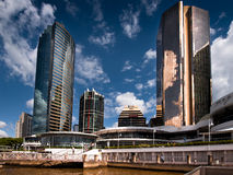 Flussufergebäude in Brisbane Stockfotografie