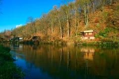Flussuferhütte Lizenzfreies Stockbild