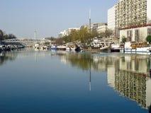 Flusswadenetz Paris Stockbilder