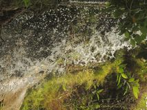 Flusswasserströme lizenzfreies stockfoto