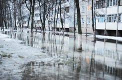 Flut auf der Straße Stockfotos