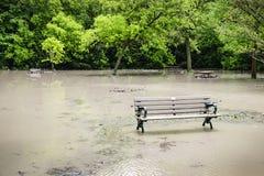 Flut im Park Lizenzfreie Stockfotos