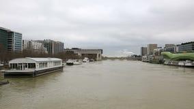 Flut in Paris stock footage