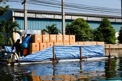 Flutfabrik in Nava Nakorn industrielles Thailand stockfotografie