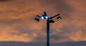 Flutlicht mit Wolke Lizenzfreies Stockfoto