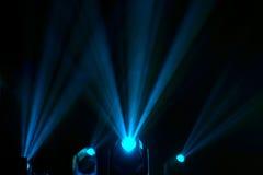 Flutlichter zum Belichten von Glühen in der Dunkelheit Lizenzfreie Stockbilder