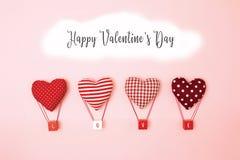 Flutuador da forma do coração do balão do descanso no ar fotografia de stock royalty free