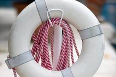 Flutuador e corda da salva-vidas fotografia de stock