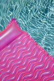 Flutuador na piscina. fotografia de stock royalty free
