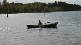 Flutuadores do barco de enfileiramento filme