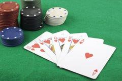Flux droit et jetons de poker Images stock