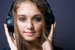 Fluxo com a música. imagens de stock royalty free