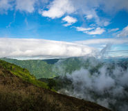 Fluxo do vento da névoa imagens de stock royalty free