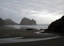 Fluya fluir en el océano Fotos de archivo libres de regalías