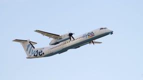 Flybe de Havilland απογείωση Στοκ φωτογραφία με δικαίωμα ελεύθερης χρήσης