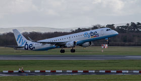 Flybe Embraer ERJ-190 imagem de stock royalty free