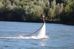 Flyboard - πετώντας βάρκες Στοκ Φωτογραφίες