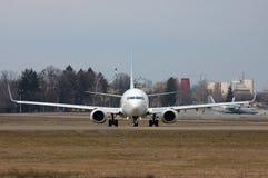 Flydubai波音737 (7000th波音737) 免版税库存图片
