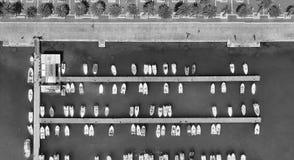 Flyg- över huvudet sikt av fartygmarina Arkivfoto