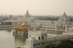 flyg- amritsar guld- tempelsikt royaltyfri fotografi