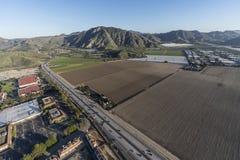 Flyg- Camarillo Kalifornien 101 motorväg- och lantgårdfält Arkivbilder