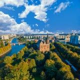 Flyg- cityscape av Kant Island i Kaliningrad, Ryssland Royaltyfria Bilder