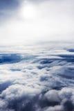 flyg- cloudscape Arkivfoton