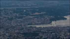 Flyg- dag för Genève till nattetidschackningsperioden lager videofilmer