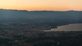 Flyg- dag för Genève till nattetidschackningsperioden arkivfilmer