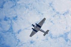 Flyg för bilskrällen Ju52 D-AQUI över den Taunus regionen Royaltyfria Foton