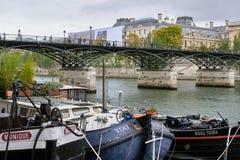 Flyg för Seine River kryssningskepp Arkivfoto