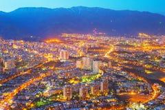 Flyg- horisontTeheran skymning iran Arkivbild