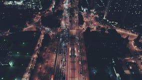 Flyg- nattskott i stad arkivfilmer