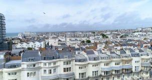 Flyg- nedgående sikt av staden av Brighton och Hove som ser västra stock video