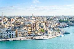 Flyg- panorama av Brindisi, Puglia, Italien arkivbilder