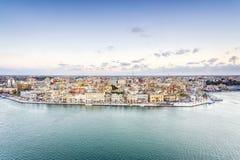 Flyg- panorama av Brindisi, Puglia, Italien arkivbild