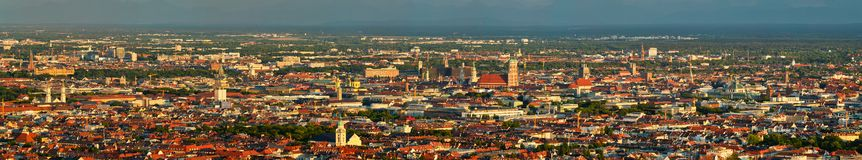 Flyg- panorama av Munich bavaria germany munich arkivbild