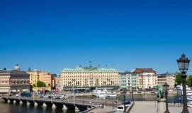 Flyg- panoramautsikt av bron, lejonmonument, Stockholm, svensk royaltyfria foton