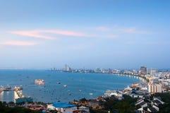 Flyg- sikt över Pattaya på skymningen Fotografering för Bildbyråer