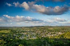 Flyg- sikt över stad av Holguin i Kuba royaltyfria foton