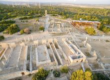 Flyg- sikt av Apollonas Ilatis den forntida platsen, Limassol, Cypern Arkivbild