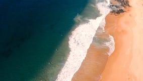 Flyg- sikt av beachfront Royaltyfria Bilder