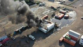 Flyg- sikt av behållarebrand Philadelphia Marine Terminal lager videofilmer
