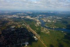 Flyg- sikt av Berlin i Tyskland royaltyfri foto