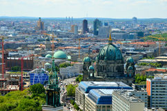 Flyg- sikt av Berlin, Tyskland Arkivbild