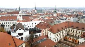 Flyg- sikt av Brno, Tjeckien lager videofilmer
