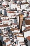 Flyg- sikt av byn av Axarquia Arkivfoto